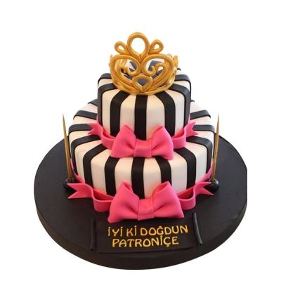 Kraliçe Özel Tasarım Pasta